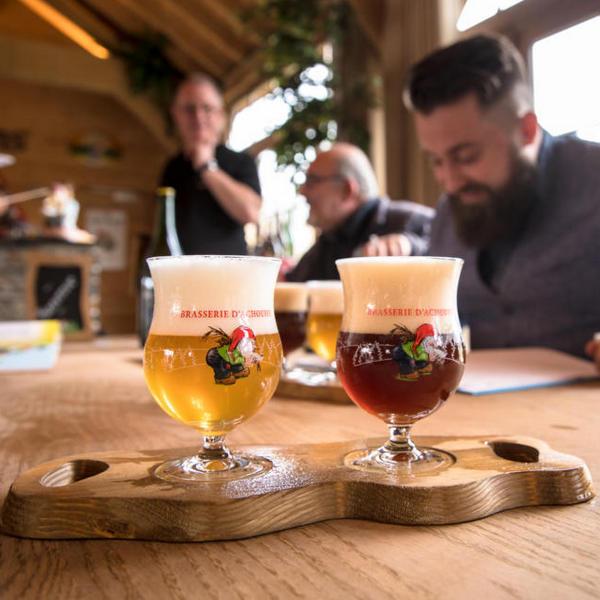 Après la visite, la dégustation des bières CHOUFFE